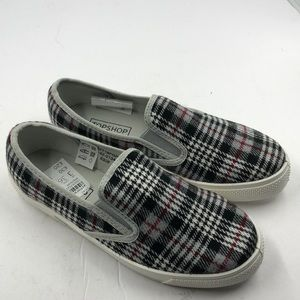 NEW Topshop Black Gray Red Plaid Loafers 5.5